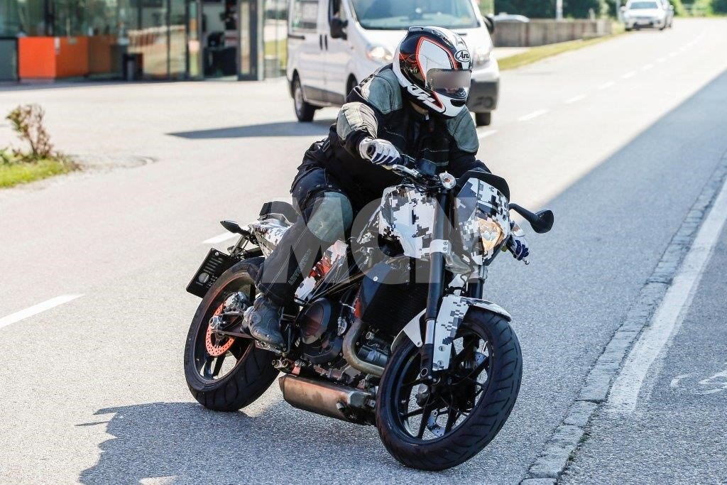 Husqvarna Cafe Racer Spy Shot