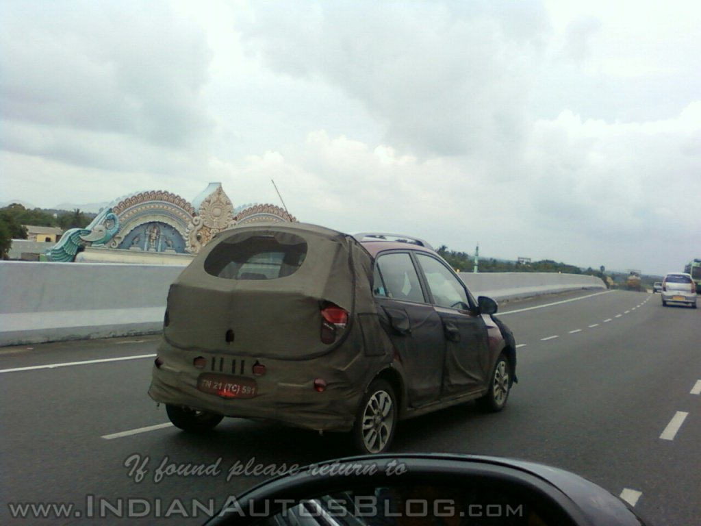 Hyundai Elitei20 Cross Spy Shot Rear