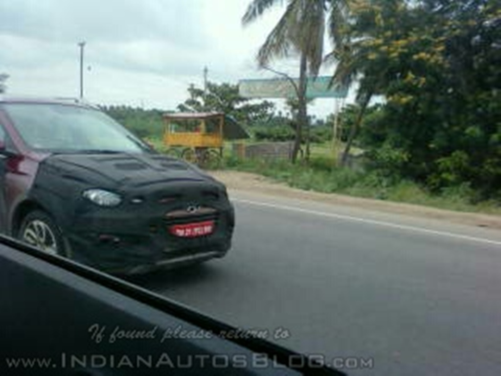 Hyundai Elite i20 Cross Spy Shot