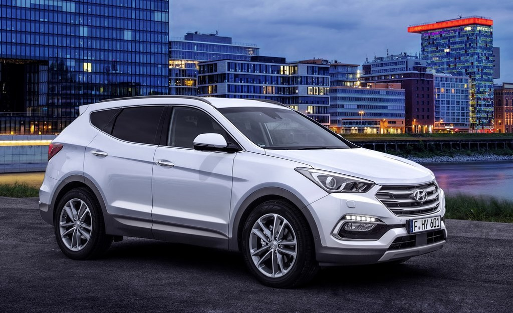 Hyundai Santa Fe Facelift Revealed
