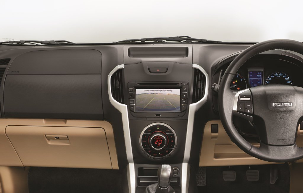 Isuzu D-Max V-Cross Dashboard