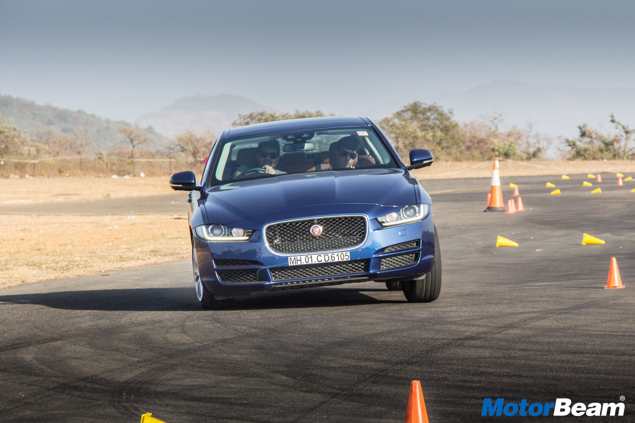 Jaguar XE Art Of Performance