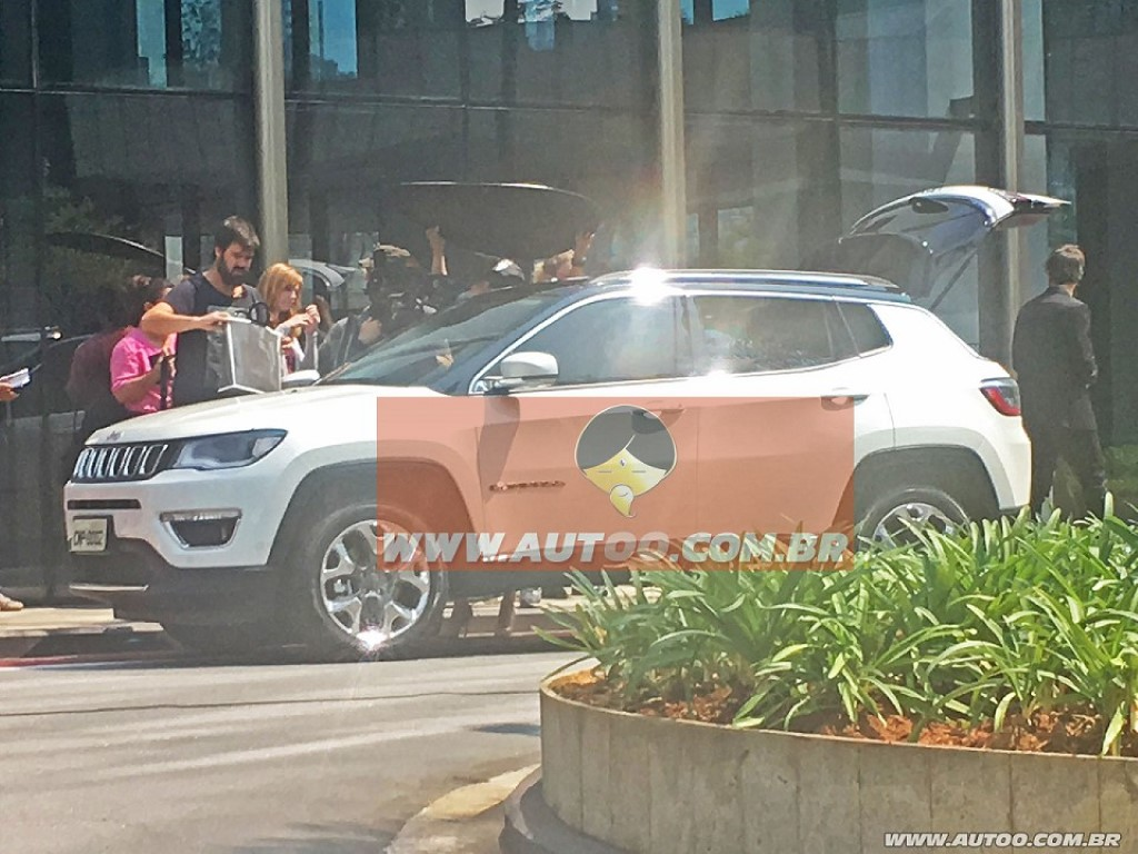 Jeep Compass Spied