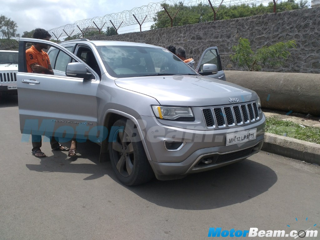Jeep Grand Cherokee Spotted Testing