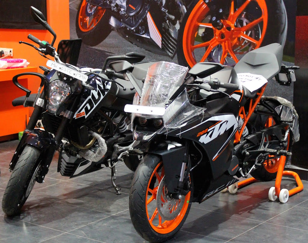 KTM Andheri Dealership Display