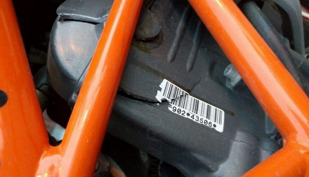 KTM Duke 390 Engine Cover Cracks