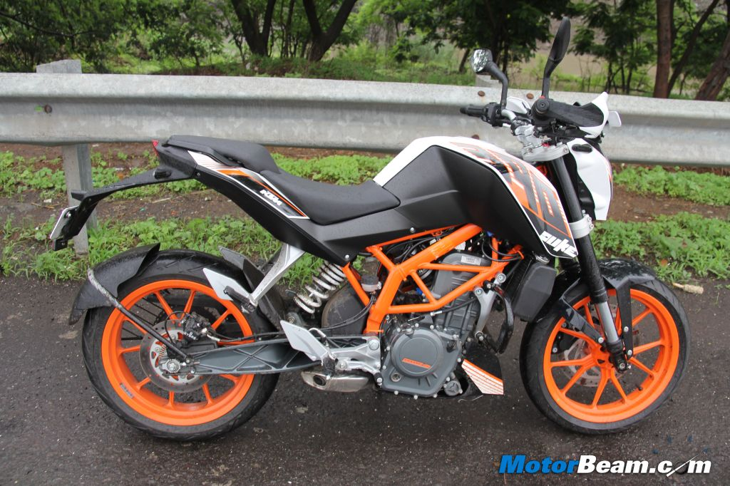 ktm duke 390 first ride india review