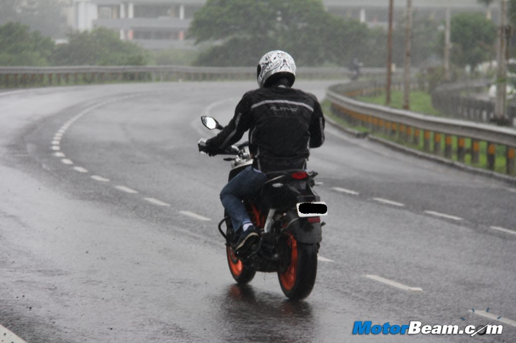 KTM Duke 390 Ride Quality