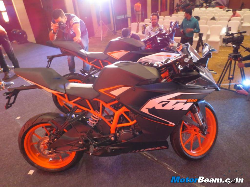KTM RC 200 First Look