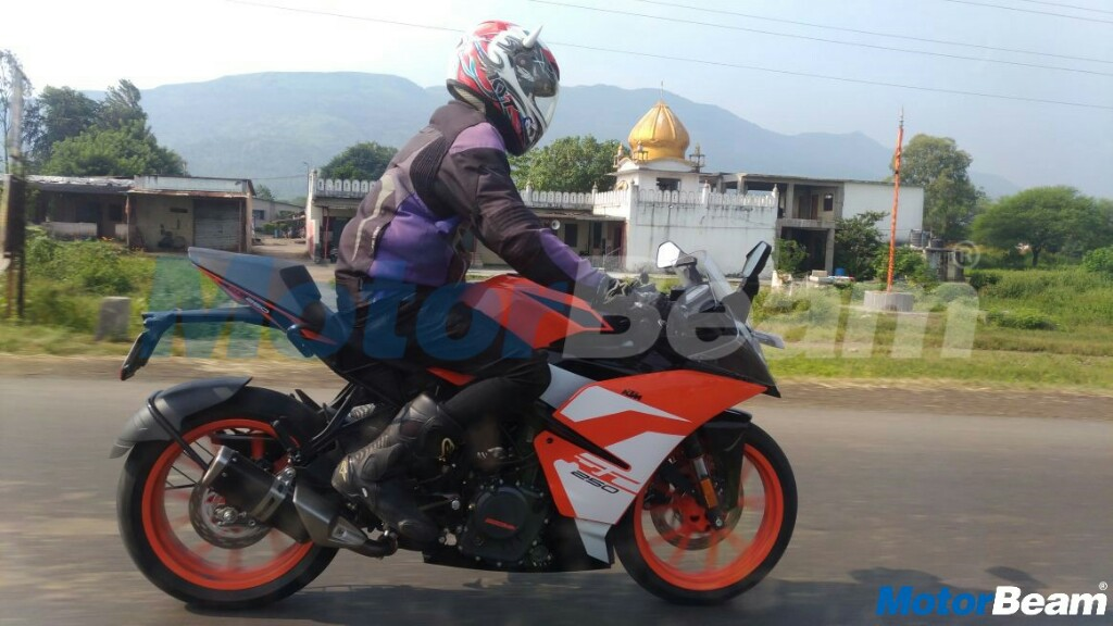 KTM RC 250 Spied On Test