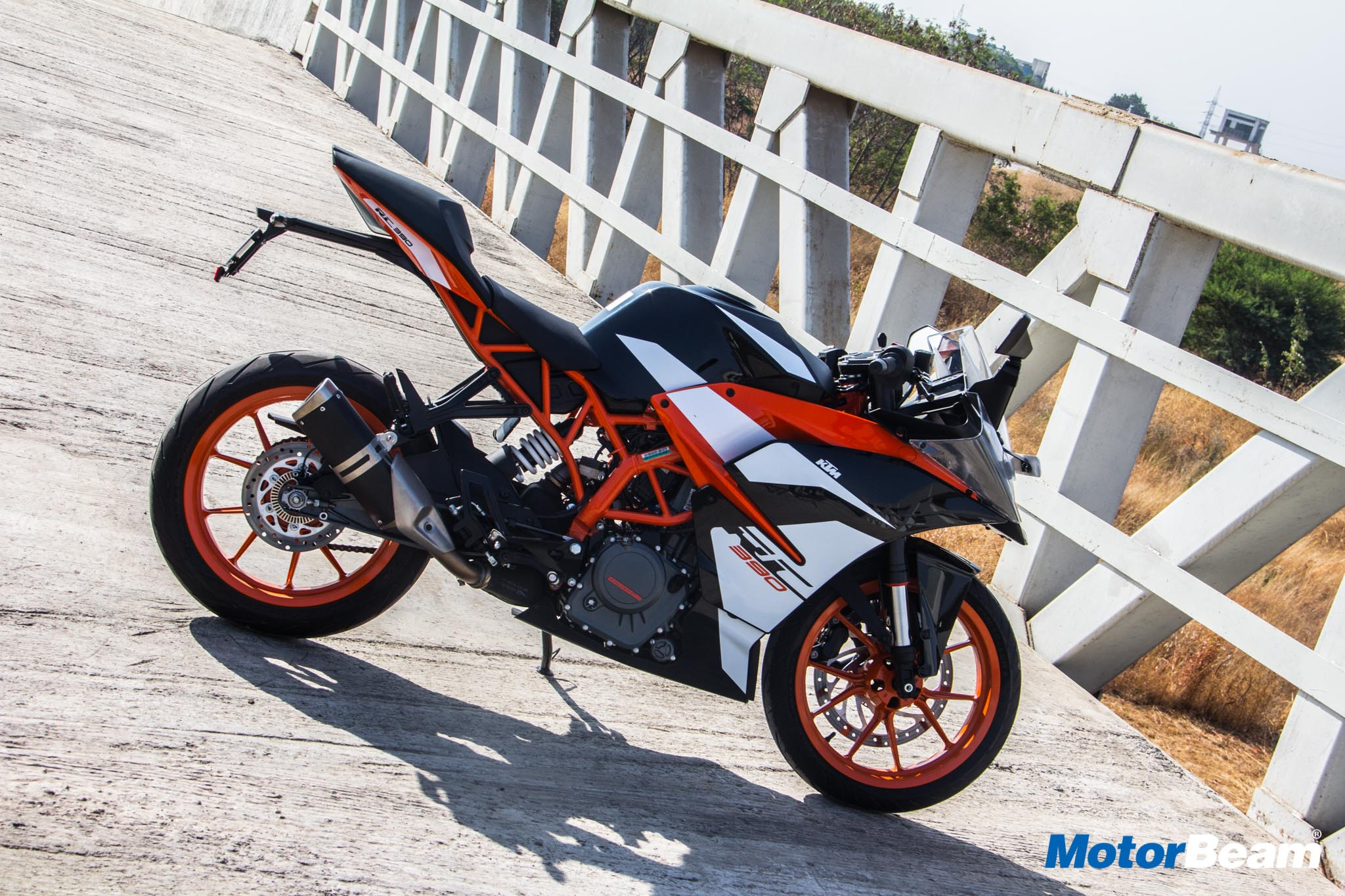 KTM RC 390 Colours