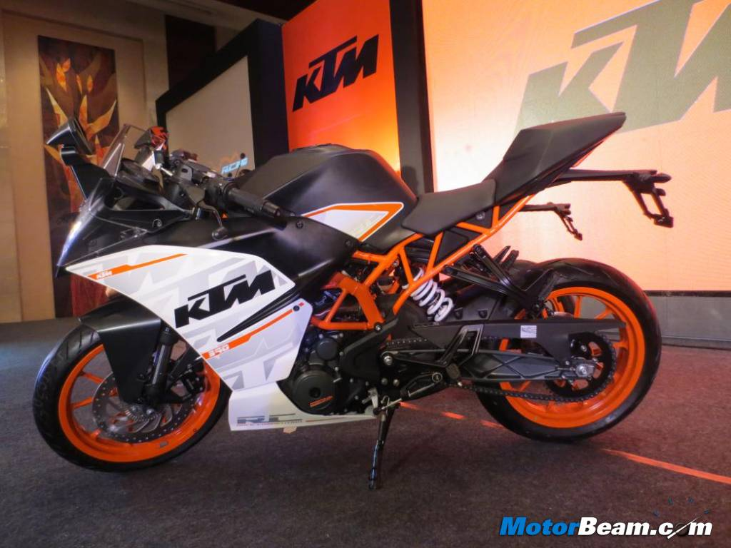 KTM RC 390 First Look