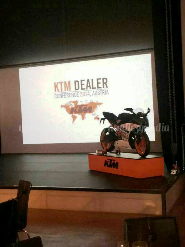 KTM RC 390 Spy Shot Dealer Meet