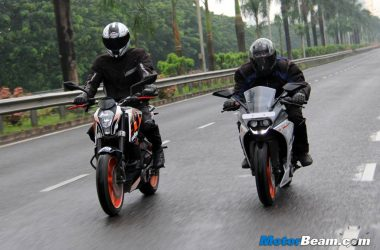 KTM RC 390 vs Duke 390 Shootout