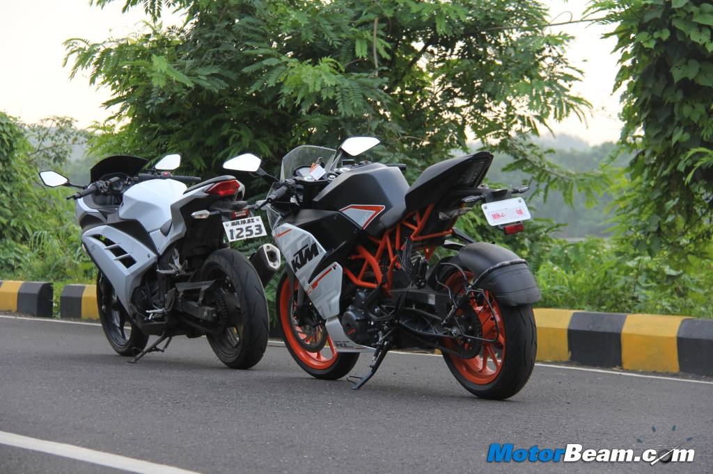 KTM RC 390 vs Kawasaki Ninja 300 Review