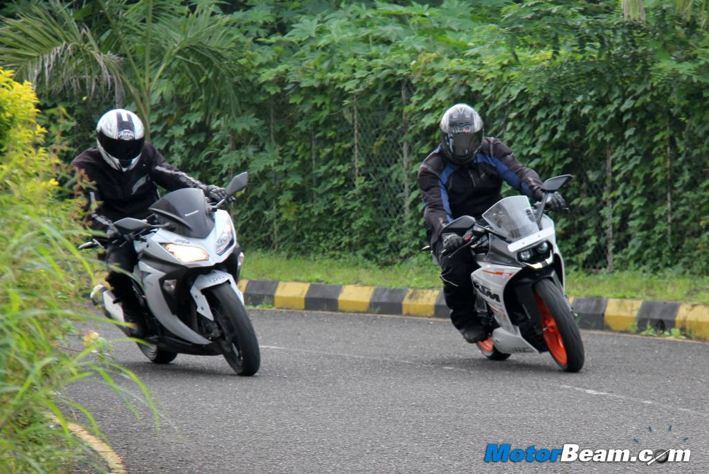 KTM RC 390 vs Kawasaki Ninja 300 Test Ride Review