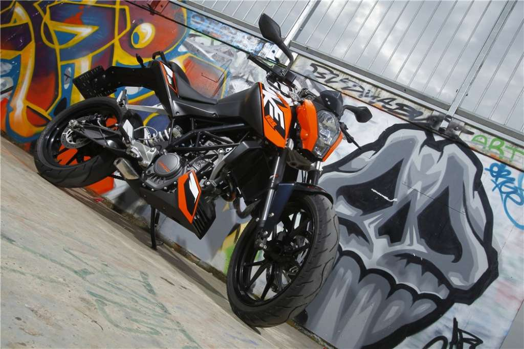 ktm duke 125 launched in europe