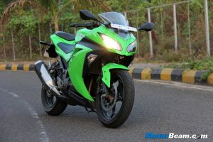 Kawasaki Ninja 300 Performance Review
