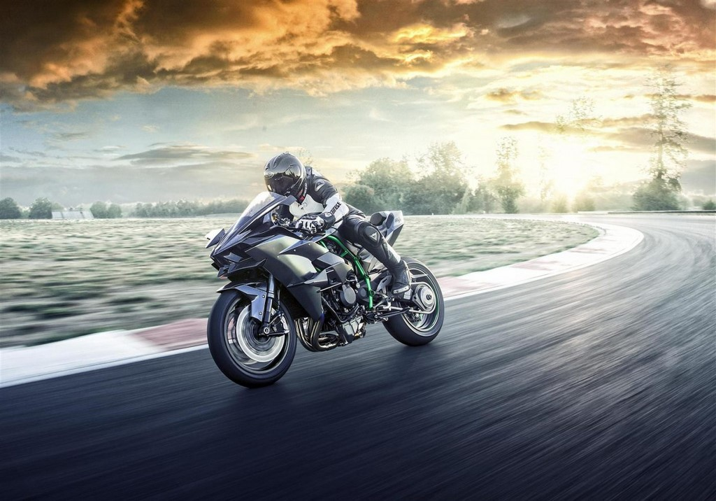 Kawasaki Ninja H2R India Delivery