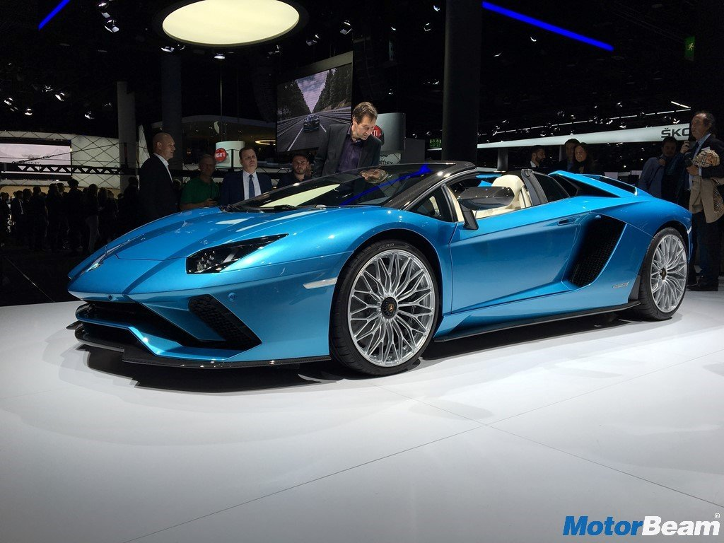 lamborghini aventador s roadster launched priced at rs crores. Black Bedroom Furniture Sets. Home Design Ideas