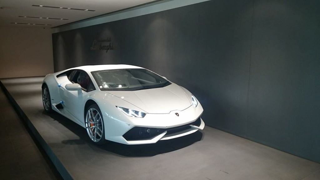 Lamborghini Huracan Delhi Dealership