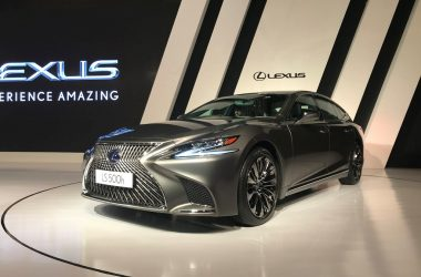 2018 Lexus LS 500h Launched In India, Priced From Rs. 1.77 Crores