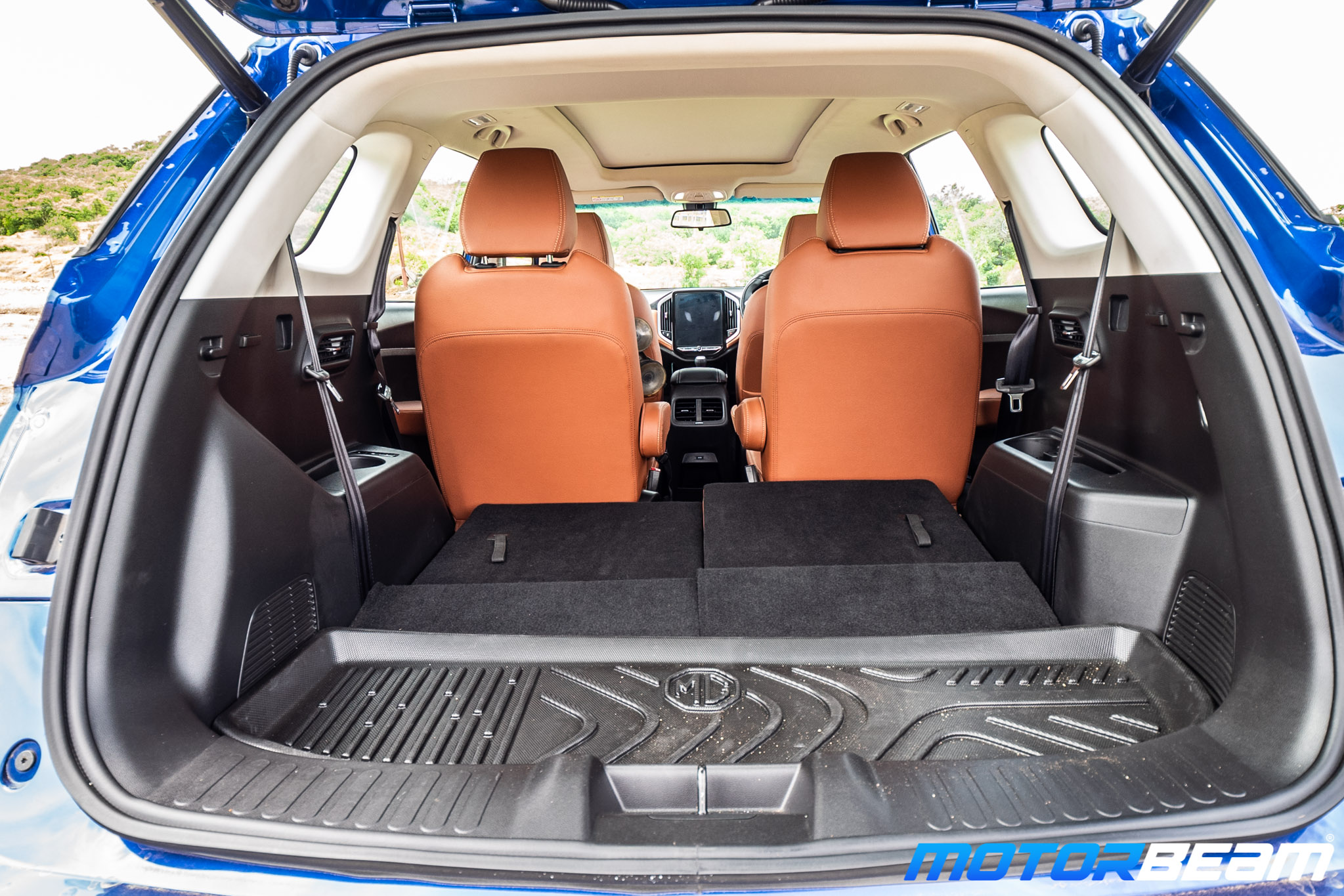 MG-Hector-Plus-14