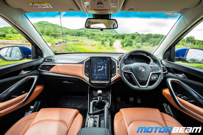 MG-Hector-Plus-20