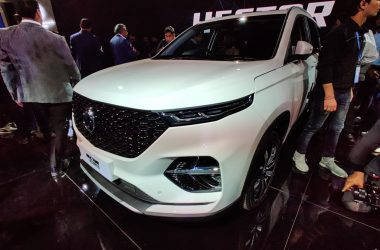 MG Hector Plus 6