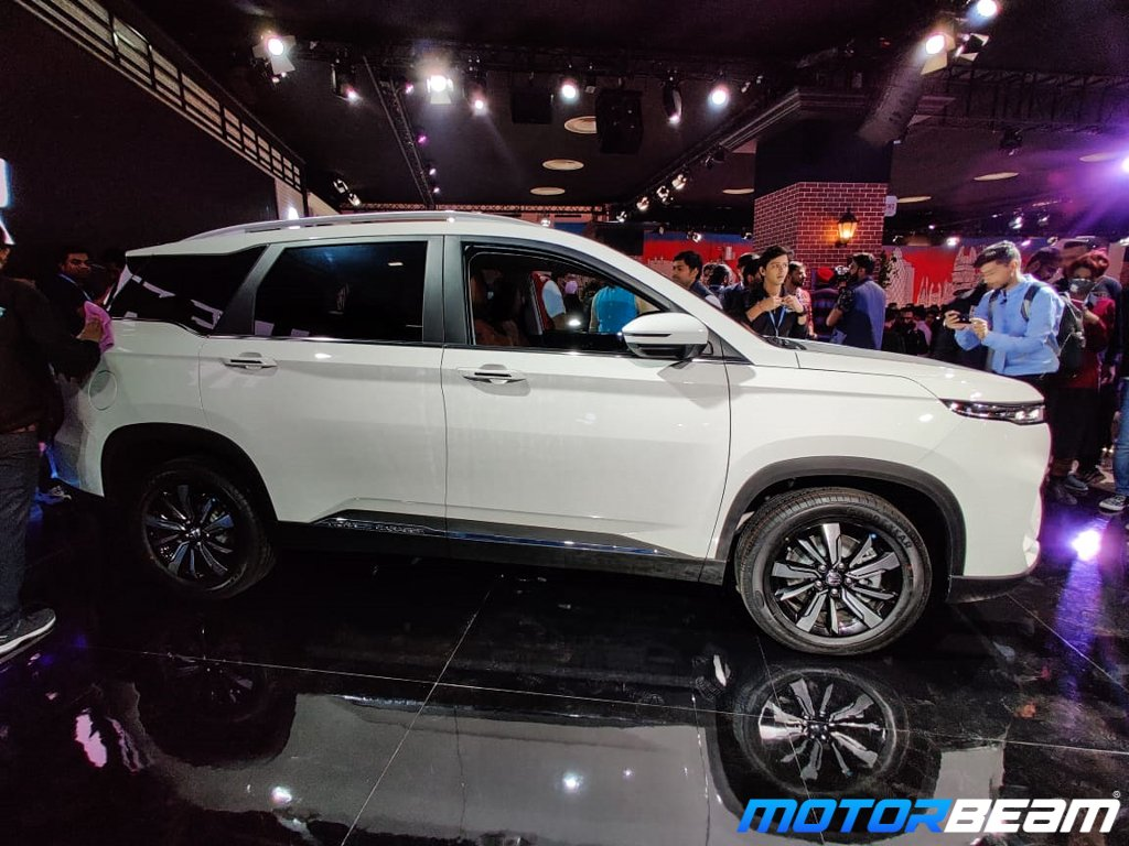 MG Hector Plus 7
