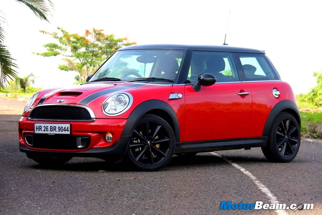 mini cooper s test drive tag auto breaking news. Black Bedroom Furniture Sets. Home Design Ideas