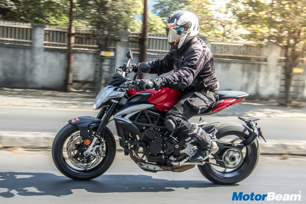 MV Agusta Brutale 800 Video Review