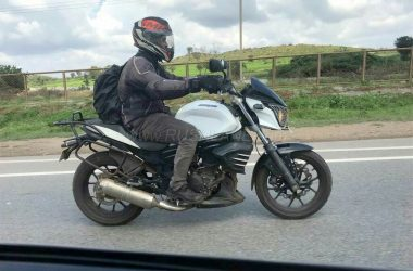 Mahindra Mojo Accessory Laden Bike Spotted Testing
