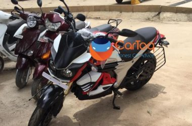 Mahindra Mojo Electric Spotted