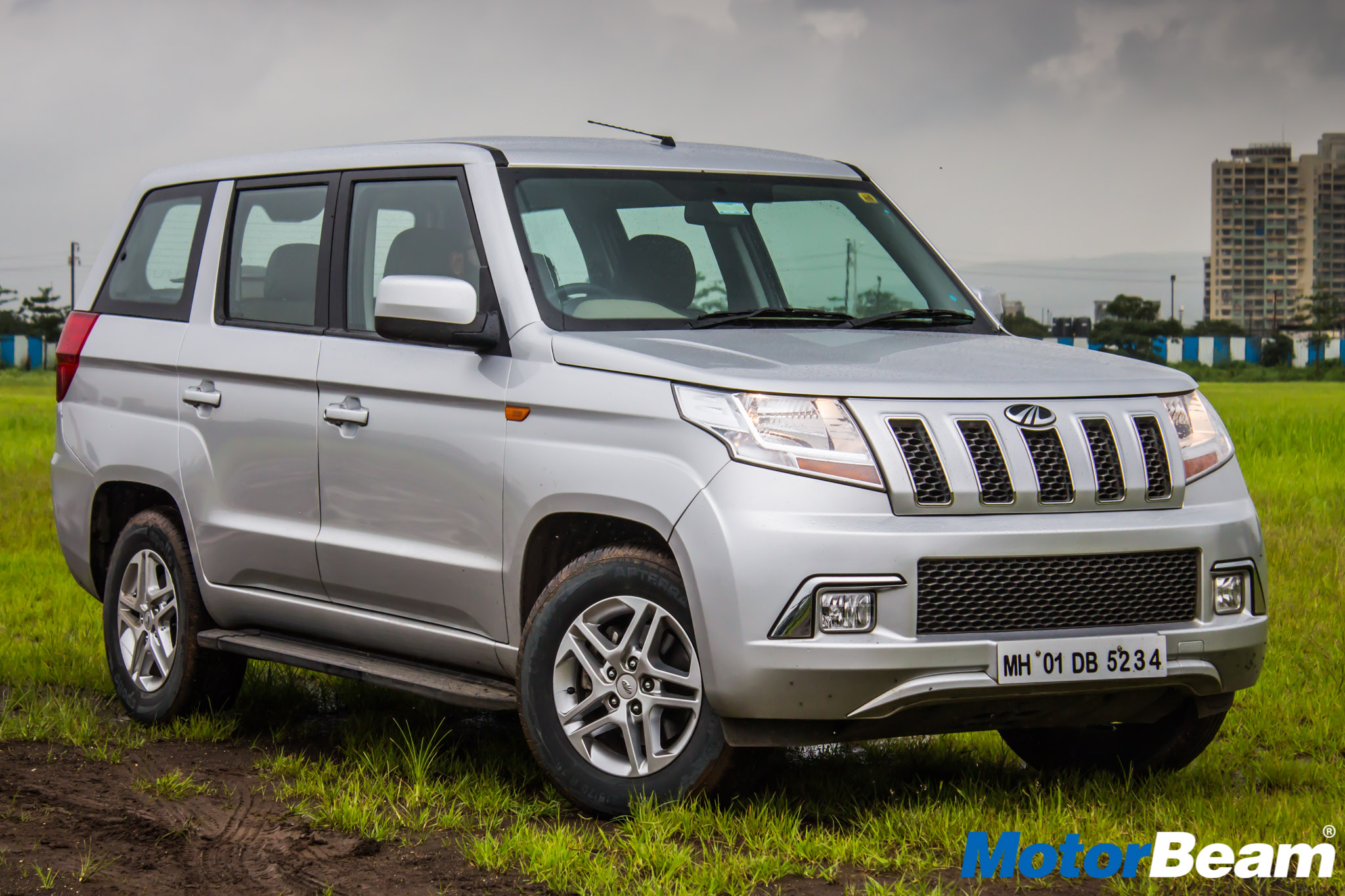 Mahindra TUV300 Plus Review