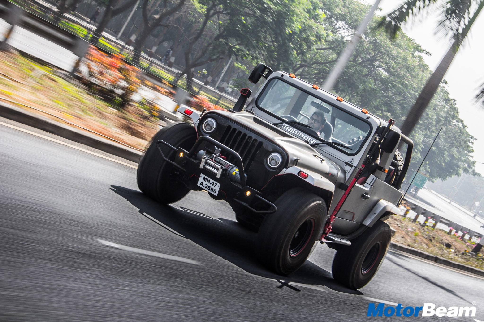 Mahindra Thar Daybreak Video Review