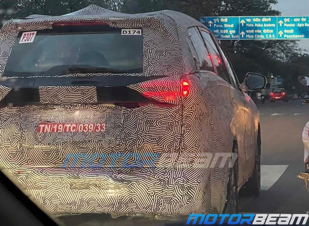Mahindra XUV700 Spied Tail Lamps