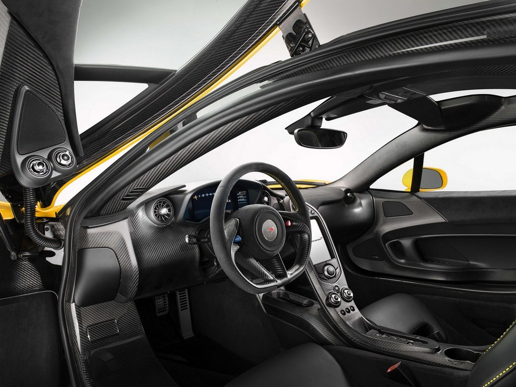 McLaren P1 Production Model Dashboard