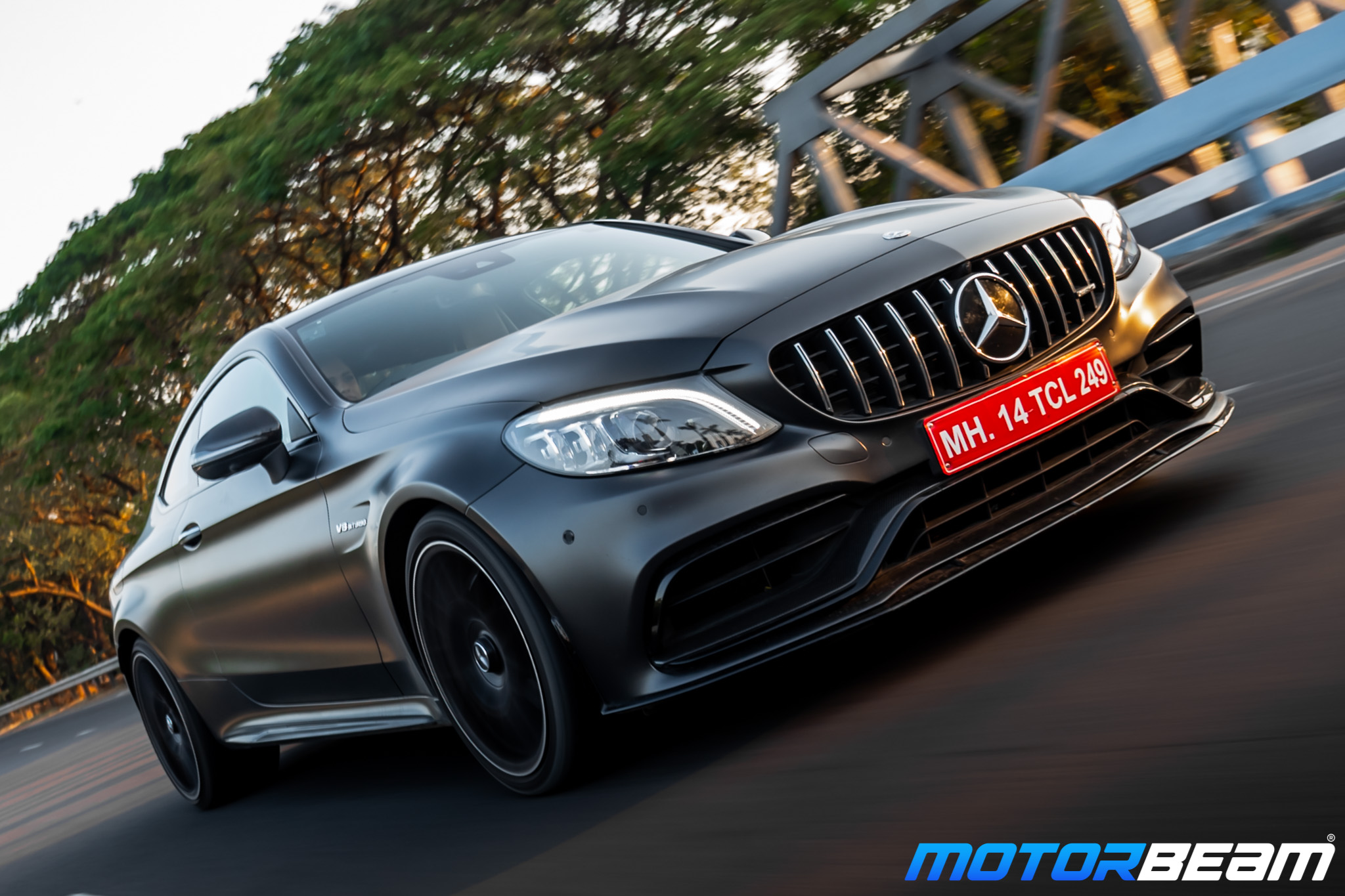 Mercedes-AMG-C63-Coupe-4