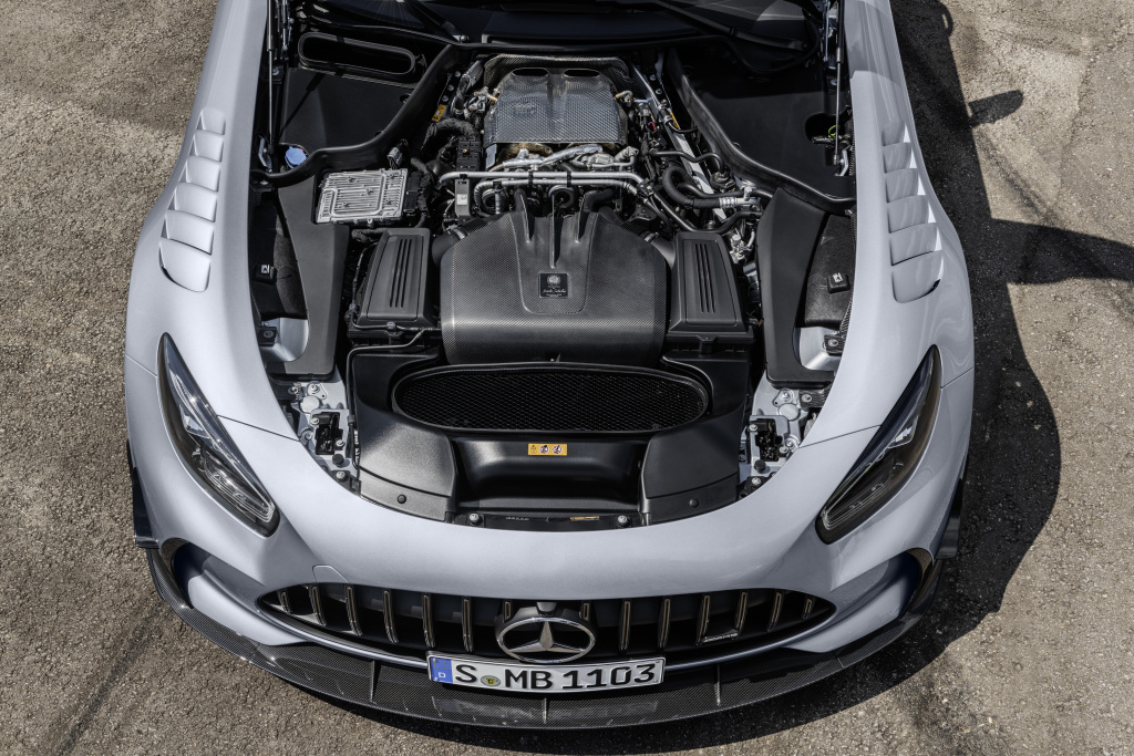 Mercedes-AMG-GT-Black-Series-Engine
