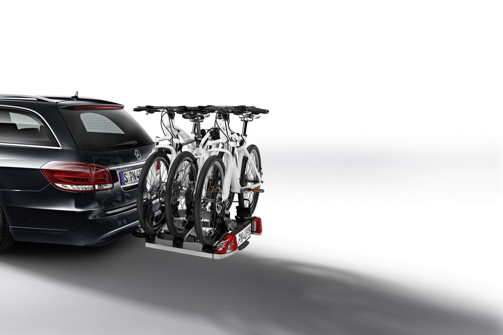Mercedes-Benz E-Class Accessories Storage