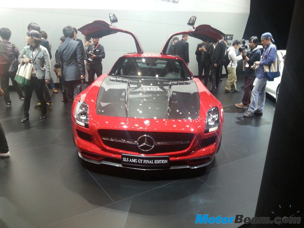 Mercedes Benz SLS AMG Final Edition CF Hood