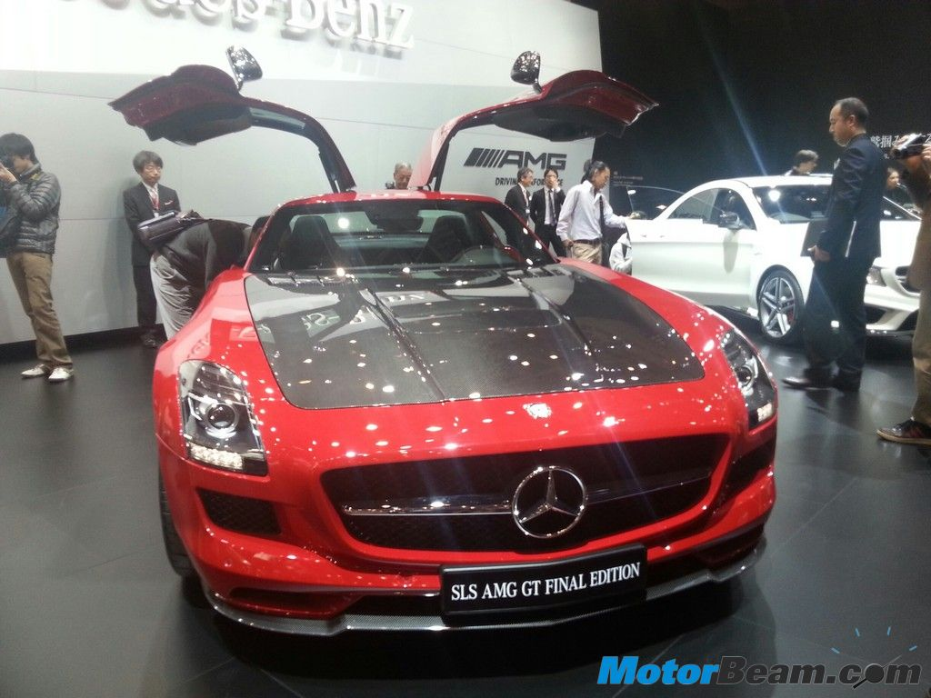 Mercedes Benz SLS Final Edition Front