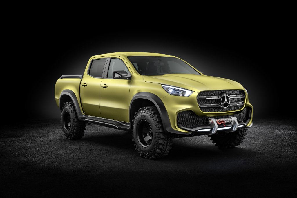 Mercedes-Benz X-Class Concept Right Side