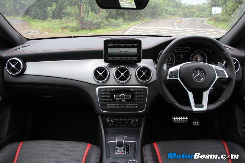 Mercedes CLA45 AMG Dashboard