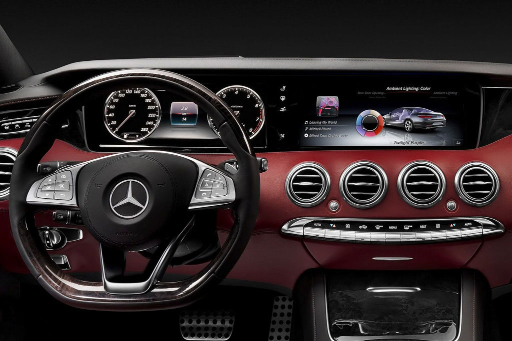 Mercedes S-Class Coupe Dashboard
