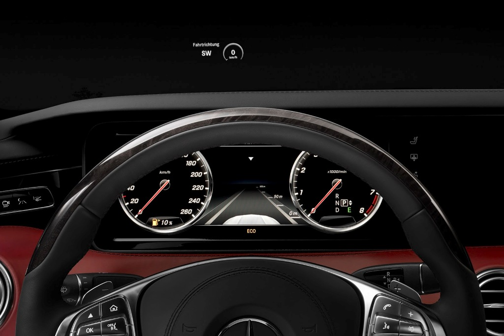 Mercedes S-Class Coupe Digital Display