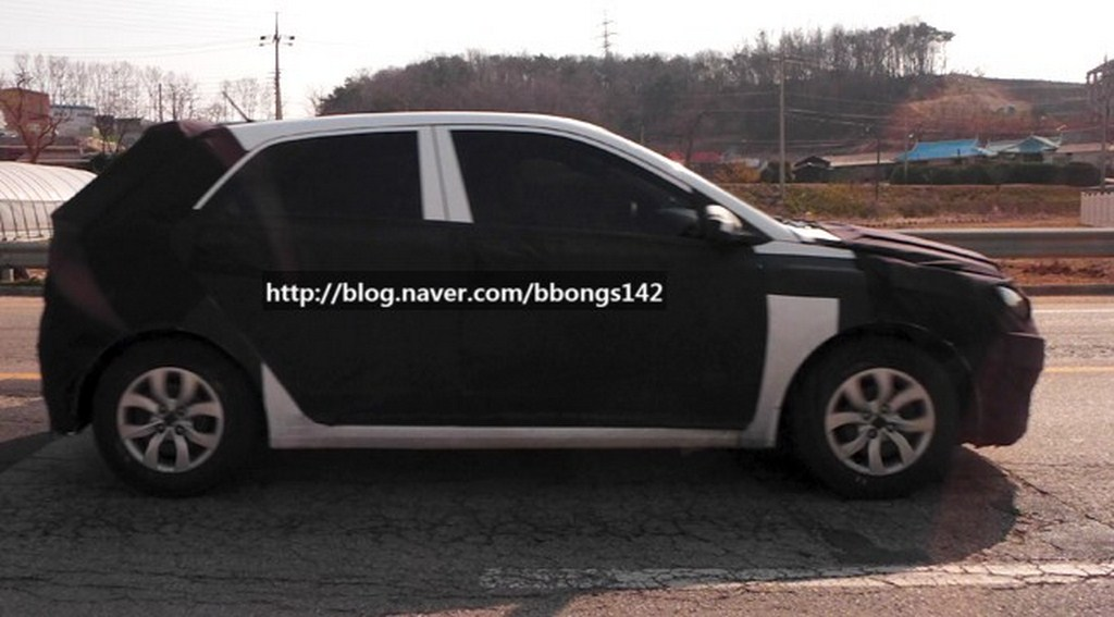 Next Gen Hyundai i20 Spied Side