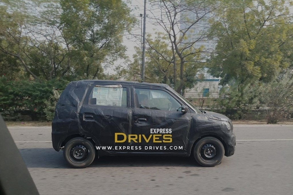 Next-Gen Maruti Wagon R Spotted In India