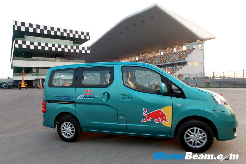Nissan Evalia Moves Red Bull Racing At Bic